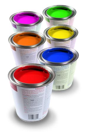 Магазин лаков и различных красок предлагает обширный ассортимент